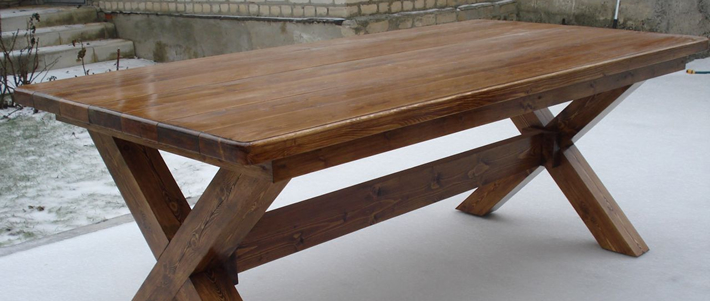 Массивный стол на дачу своими руками